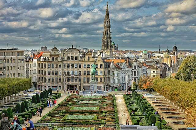 transport persoane romania Bruxelles